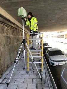 Laserskanning av brokonstruktion, även extremt trånga utrymmen.